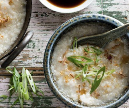 Congee with Nori Crumbles and Flax
